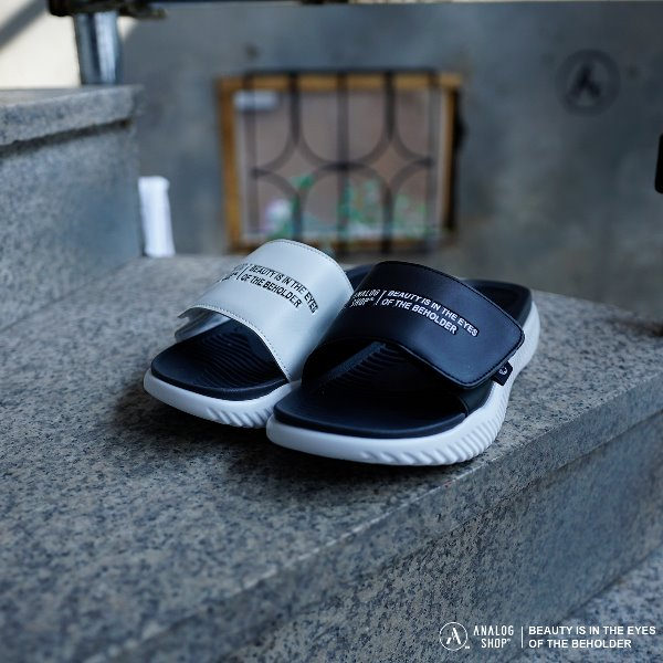 Analog No.2 Slipper